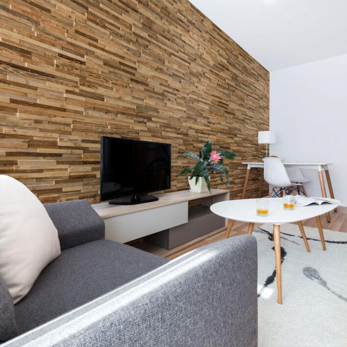 Déco mur salon en bois