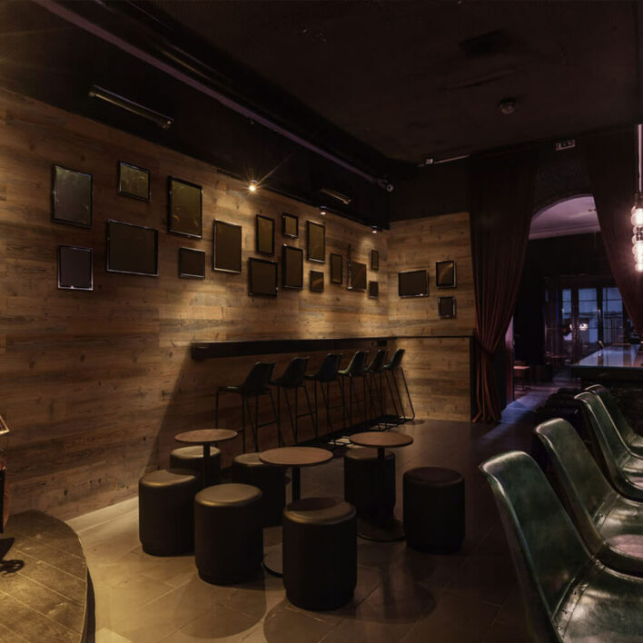 mur décoratif en bois