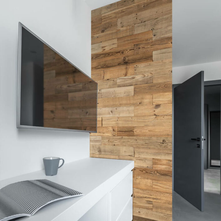pan de mur en bois