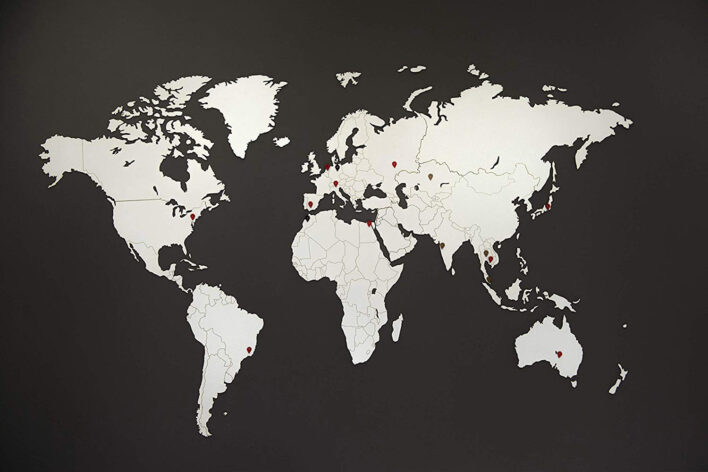 decor map monde blanche