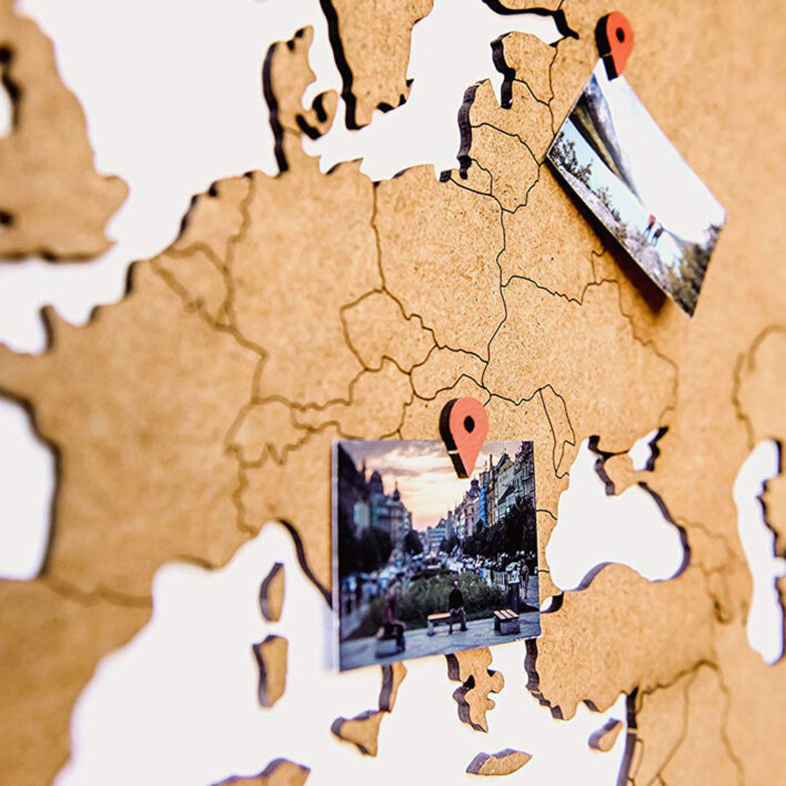 map monde murale bois