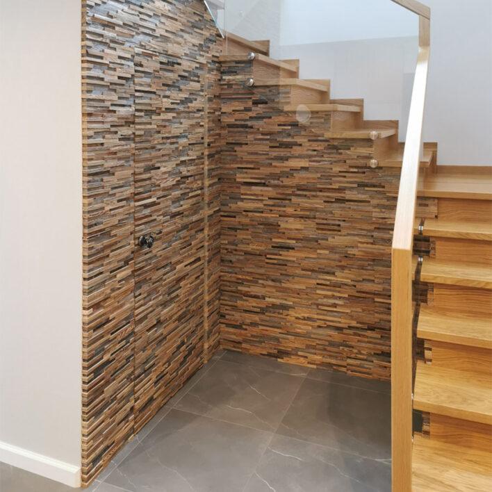 Montée escalier en bois